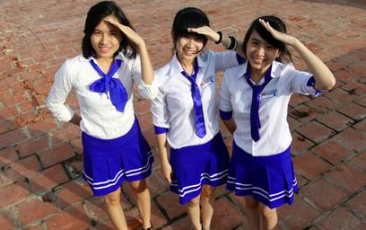 Đồng phục Đại học Duy Tân
