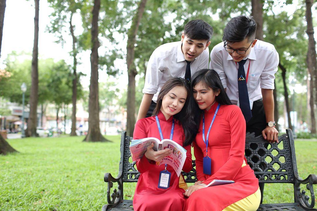 Đồng Phục Trường Cao Đẳng Nghề Du Lịch  Sài Gòn