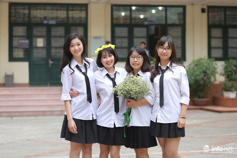 Đồng phục Trường THCS-THPT Nguyễn Tất Thành