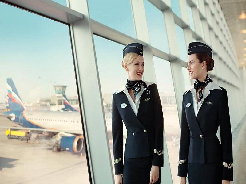 Trang phục hàng không tạo nên vẽ đẹp thanh lịch đội ngũ tiếp viên của hãng