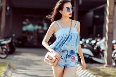 Áo hai dây xuống phố sành điệu như mỹ nhân Việt – Thời trang cực chất cho mùa hè.
