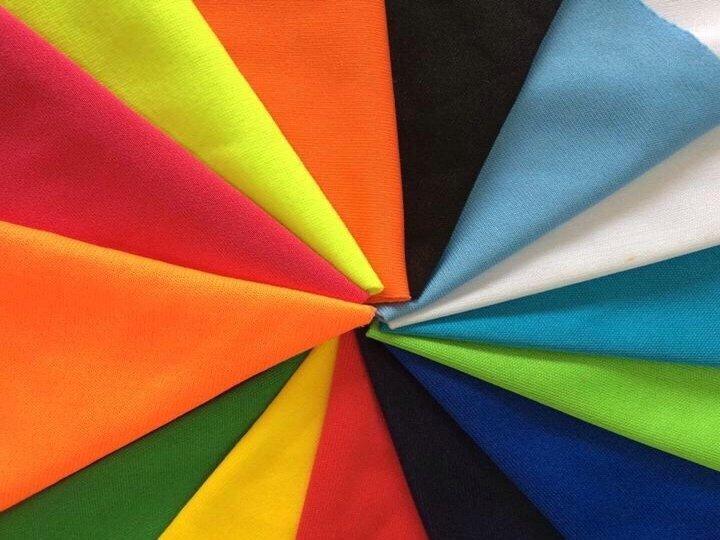 Chất liệu vải nào phù hợp để may đồng phục thể dục?
