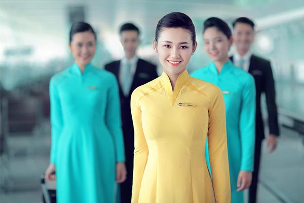 Những mẫu đồng phục tiếp viên hàng không trên thế giới